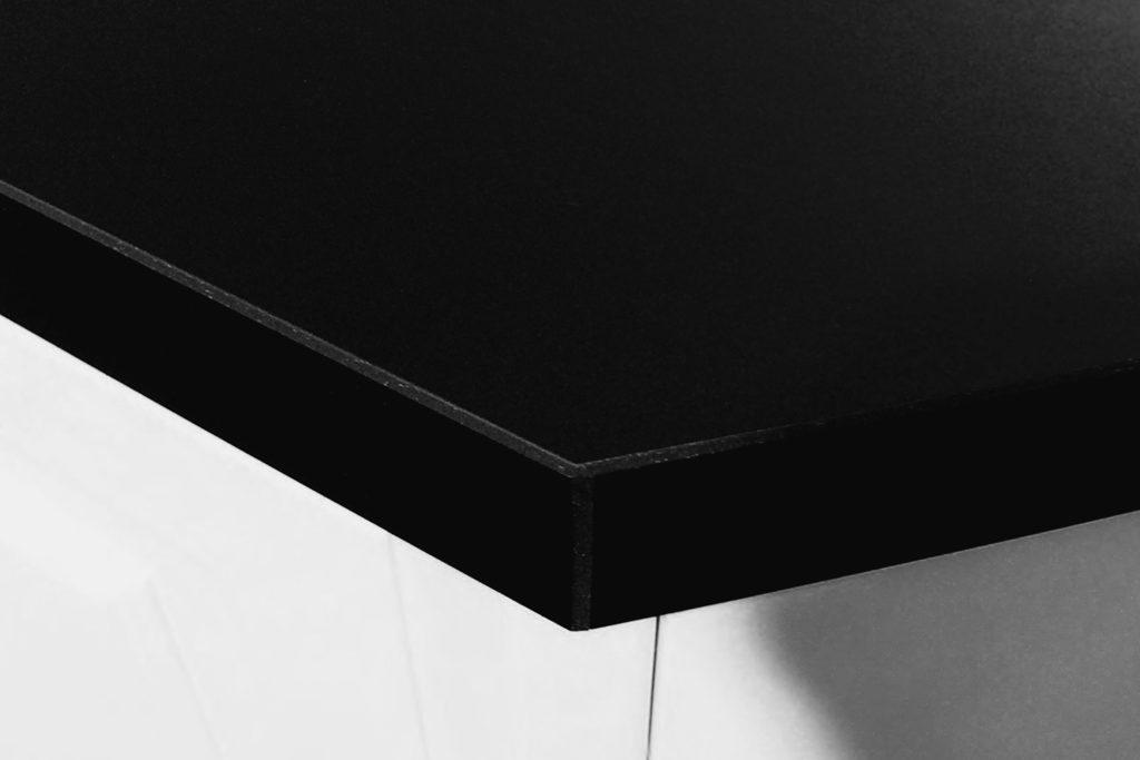 Linoleum-benkeplate-nordsjokjokken